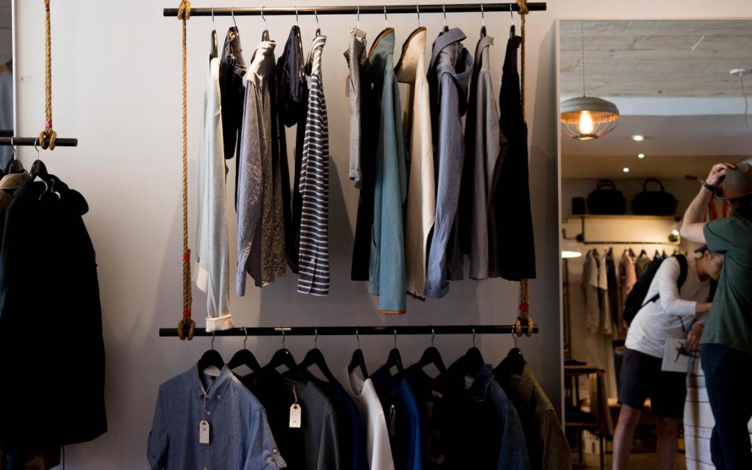 Cambio Armadi: i 3 consigli per promuovere un negozio di Abbigliamento